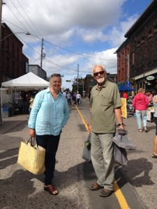 Customers love their markets. The 2009 National Farmers' Market report stated 96% of customers said their farmers' market experience met or exceeded their expectations. In a 2014 survey, Sackville market-goers gave top ratings to their market for being family friendly, followed by being a social hub and a good use of public space.